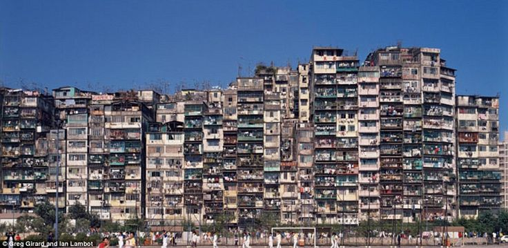 The area was made up of 300 interconnected high-rise buildings, built without the contributions of a single architect and ungoverned by Hong Kong's health and safety regulations