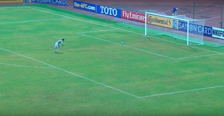 Este es el gol más tonto o el más arreglado del mundo