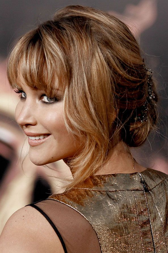 Jennifer Lawrence's golden blonde locks - celebrity hair and hairstyles