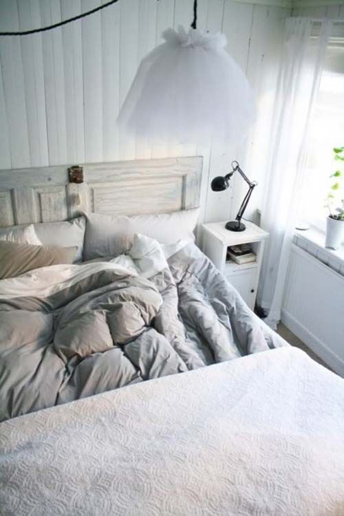 minimalist Scandinavian bedroom, Scandinavian bedroom, bedroom design ideas
