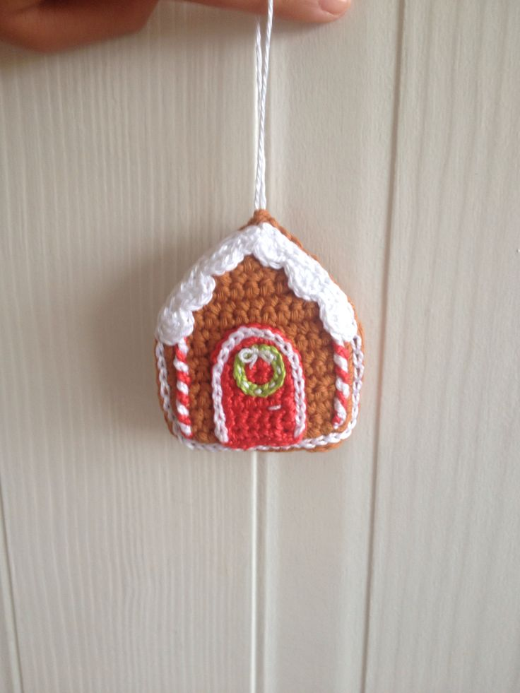 Crocheted gingerbread house