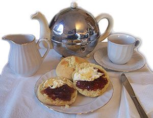 CORNISH CREAM TEA  345 grams self-raising flour  75 grams castor sugar  75 grams of margarine  2 small eggs  30 ml of milk  Half a teaspoon of salt  A medium round pastry cutter