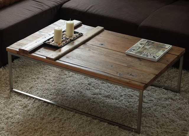 DIY coffee table from old barnyard door! Old door renew with oil. Do it yourself...WOHN:PROJEKT...Alte Stalltür wird zu Couchtisch/Wohnzimmertisch, selbstgemacht, upcycle
