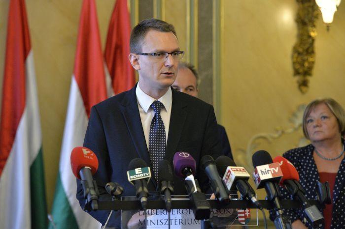 Az Európai Unió éves oktatási kiadványa azt mutatja, hogy nemcsak Magyarország, hanem a magyar oktatásügy is erősödik - közölte az Emberi ...
