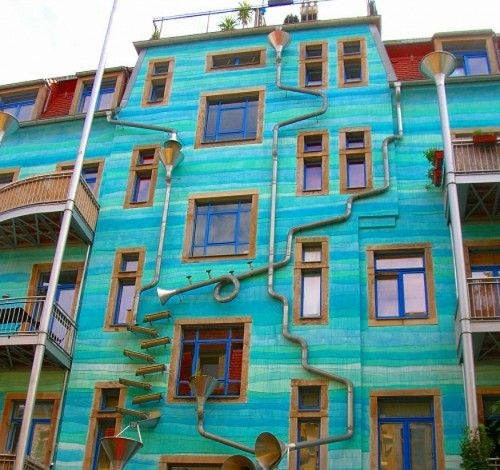 Building plays music when it rains! Neustadt Kunsth of Passage in Dresden, Germany.
