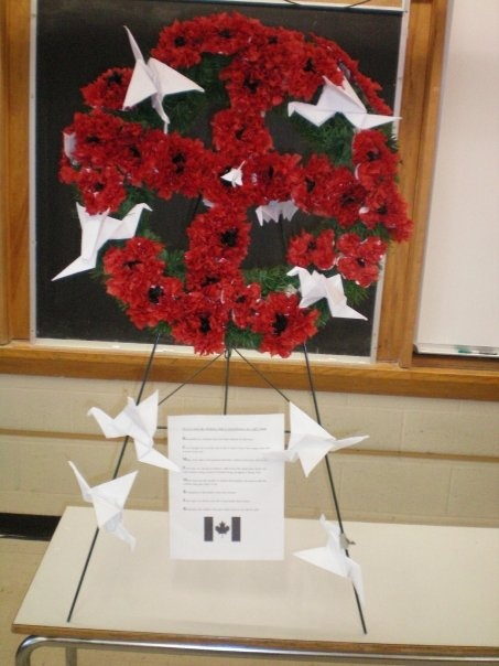 Grade 6 (09-10) - Remembrance Day wreath created by my class.