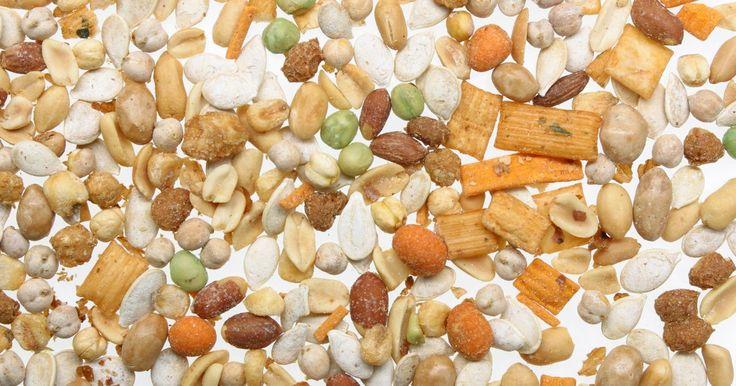 """Sementes orgânicas são a mesma coisa que sementes de herança?. Embora as sementes orgânicas e de herança sejam procuradas por pessoas preocupadas com a saúde e com o ambiente, elas não são a mesma coisa. O termo """"orgânicas"""" descreve como a semente foi produzida, enquanto que """"herança"""" descreve quais qualidades durarão de geração para geração. Dessa forma, uma semente pode ser orgânica e de herança."""