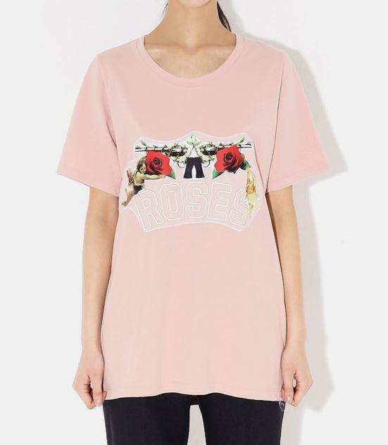 カジュアルプリントデザイン入りロング丈半袖Tシャツ¥ 2,880(税込)