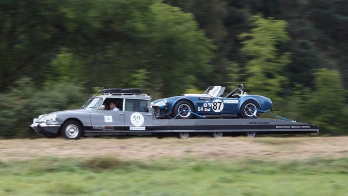 Modified Citroen DS transporter with an AC Cobra: Cars Transportation, Ds Transportation, Cobra Straps, Ac Cobra, Citroen Ds, Racing Cars, Tops Gears, Modified Citroen, Citroen Transportation