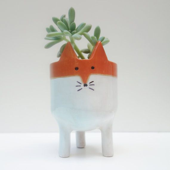 Little Tripod Fox Planter Fox Face Plant Pot por MinkyMooCeramics