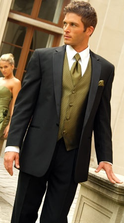 exactly what the men should wear! Love this paired with plum or lavender bridesmaid dresses  Tuxedo Junction Black Oleg Cassini Monaco tux with olive green vest and tie