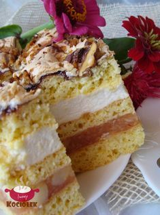 Składniki: Składniki na ciasto: 1/2 kg mąki 3/4 szklanki cukru 1/3 kostki margaryny 4 łyżki ciepłego mleka 2 jajka 3 żółtka 2 łyże...