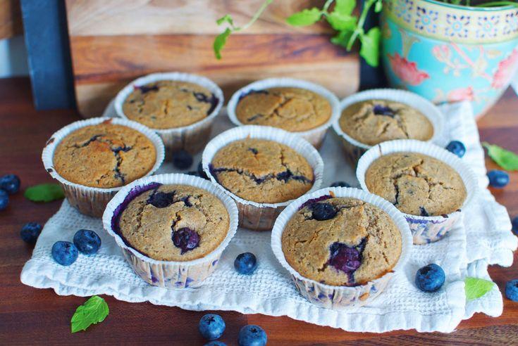 De er helt uden smør, raffineret sukker eller hvedemel – men de her blåbærmuffins er både lækre og svampede!