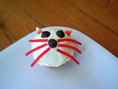 For Arwen's bookshare on If You Give A Cat A Cupcake