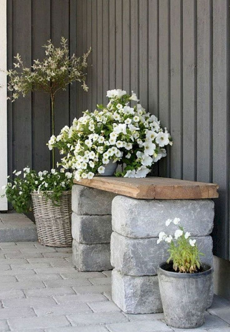 Gorgeous Front Yard Garden Landscaping Ideas (59) #LandscapingFrontYard #gardenyardideas