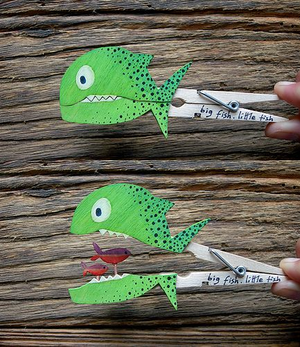 DIY Clothespin Animal Crafts That Open  - there are lots. Scroll down to find the fish.
