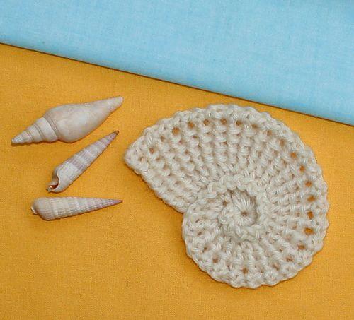 Ravelry: Sea Shell Applique, Spiral, Nautilus - crochet pattern, PDF pattern by CAROcreated design