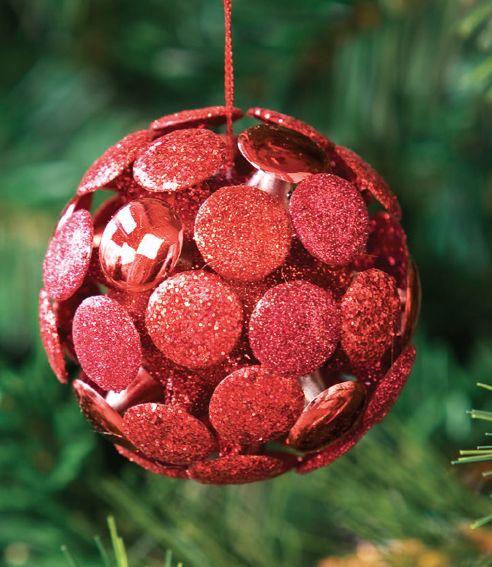 Descubre los adornos que tenemos para tu hogar esta #Navidad en www.easy.cl