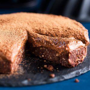 Raakasuklaakakku / Raw chocolate cake / Kotiliesi.fi / Kuva/Photo: Pekka Holmström/Otavamedia