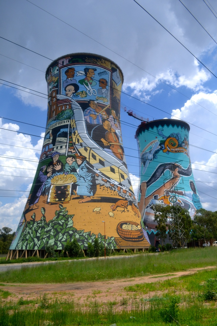 Artistic cooling towers in Soweto with bungee jump in the middle.  (samanthakadis.files.wordpress.com)