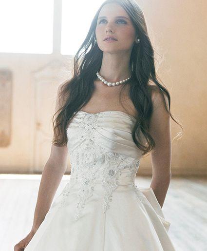華やかさアップ♡刺繍の白い花嫁衣装・ウェディングドレスまとめ一覧♡
