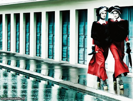 Stella Tennant and Marte van Haaster in 'Deauville Rendezvous' - Photographed by Mario Testino (Vogue UK September 2012)    Complete shoot after the click...