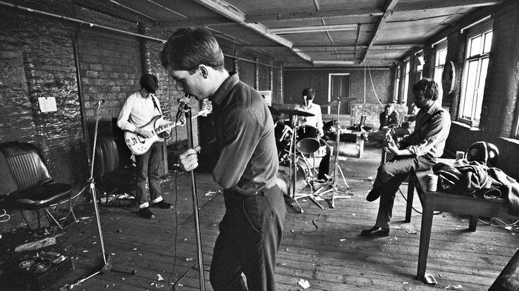 "Joy Division http://bassmyfever.weebly.com/come-in-un-negozio-di-dischilike-being-in-a-record-store.html#Flavio-Gemma COME IN UN NEGOZIO DI DISCHI/LIKE BEING IN A RECORD STORE - Bass My Fever - Covering all the ""basses"""