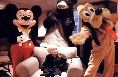 ヤング·プリンス·ジャクソンと-ミッキー·マウス·アンド·Doofy  - かわいい - マイケル·ジャクソン -  29512871-400-260