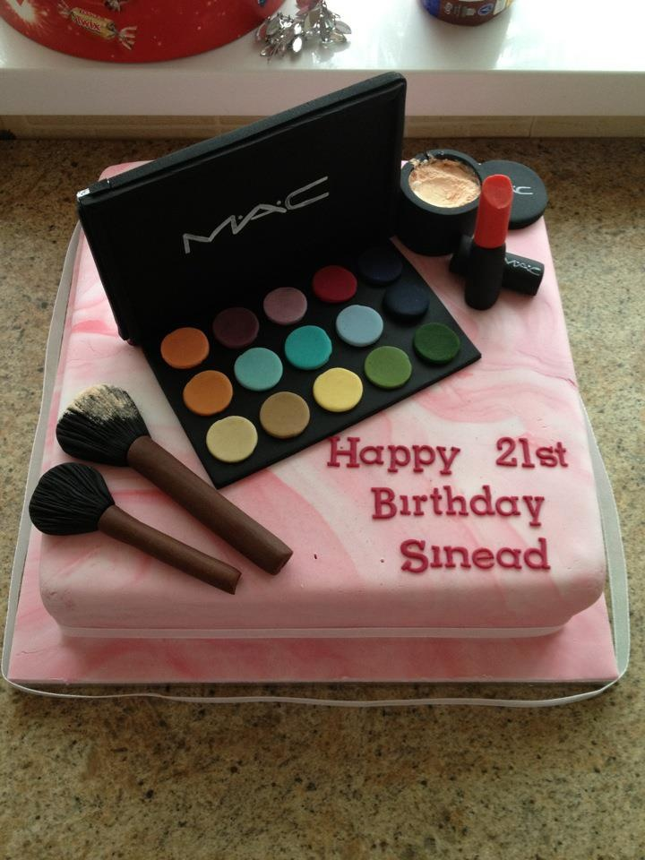 9 Best Cakes Images On Pinterest Fondant Cakes 21 Birthday And