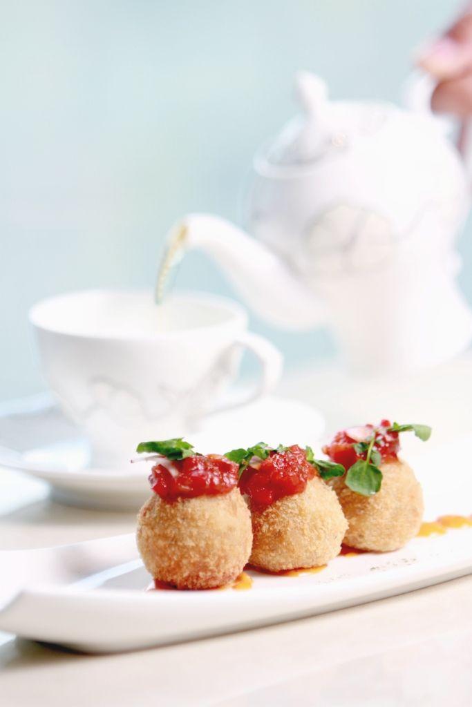 Leaf Connoisseur Café | More than Cup of Tea