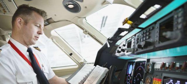 No importa el tamaño que tiene una compañía, los problemas son siempre una constante que siempre están enfrentando y las aerolíneas forman parte de una de las industrias más grandes existentes en la actualidad.    Debido a los accidentes que llegan a ocurrir año con año, las aerolíneas actualizan sus lineamientos de seguridad constantemente, y son el tipo de instrucciones que quieres seguir para poder tener un vuelo más seguro. Existen muchas reglas de seguridad que tanto los pilotos como el…
