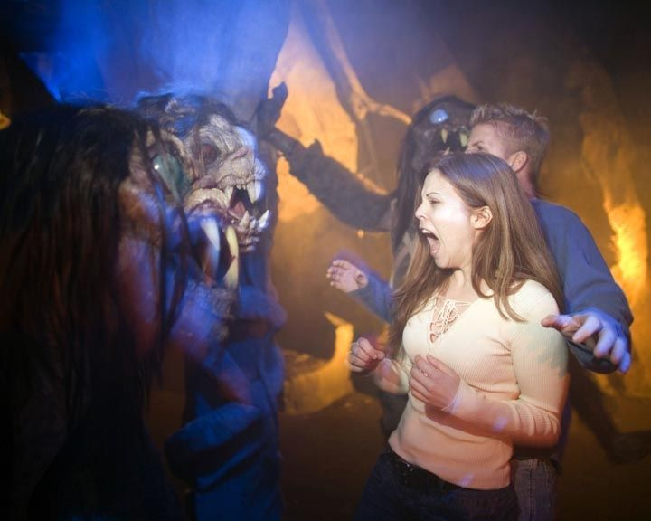 #HHN24 tip: Get to the park early! This is the single-best way to insure you make the most of your night.
