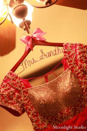 indian-wedding-lengha-portrait-inspiration-ideas http://maharaniweddings.com/gallery/photo/2358