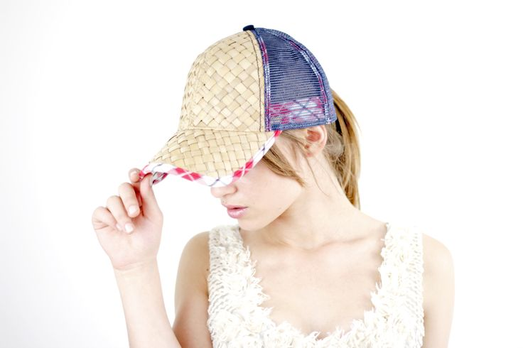 ATLANTIS FITTING EMOTIONS  Photo: Daniele Indio Manente  Model: Larissa Dunavat  #caps #atlantis #hats #fashion