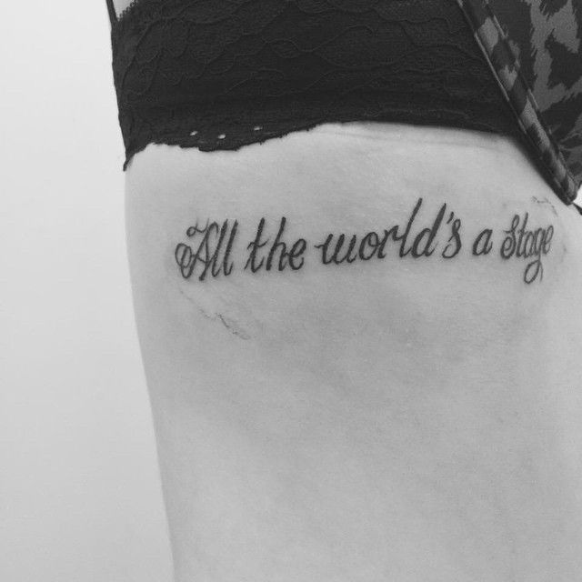 First tattoo this Shakespeare quote means a lot to me... 'All the world's a stage, and all the men and women merely players' or in other words you can't trust anyone as people are fake & only show you what they want to show you #tattoo #shakespeare #quote #ribs #ribtattoo #shakespearetattoo #firsttattoo