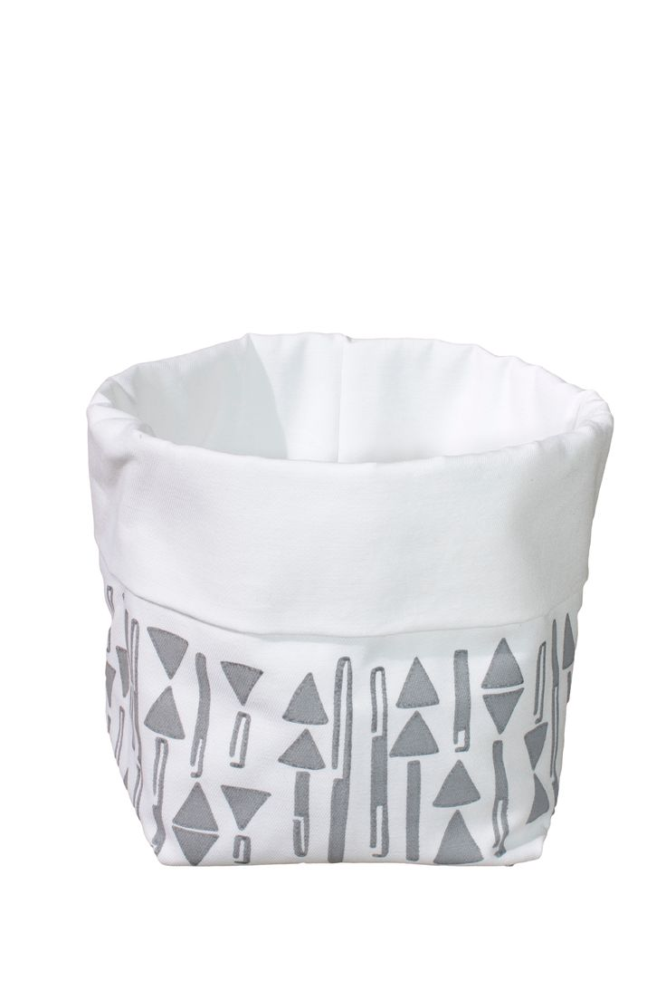 Studio Ishavet - basket for bread, bathroom items or whatever you can think of. It has an extra lining that helps you keep the bread warm.
