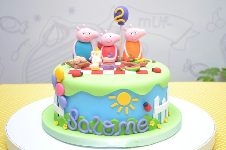 Peppa pig cake  www.dolcellapasteleria.com