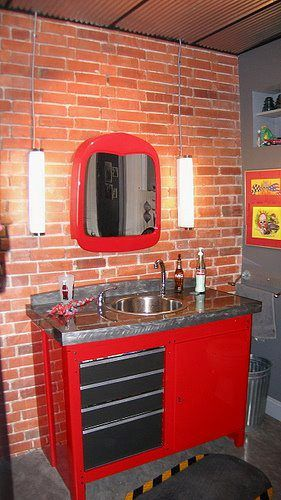 genius craftsman workbench SINK !!(bathroom combo) If I have to use the shops bathroom it will at least look good