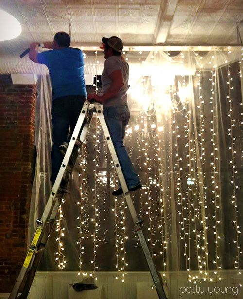 String Christmas Tree Lights Vertically : 38 Best images about Lights hanging from curtains on Pinterest Curtain rods, Outdoor bedroom ...
