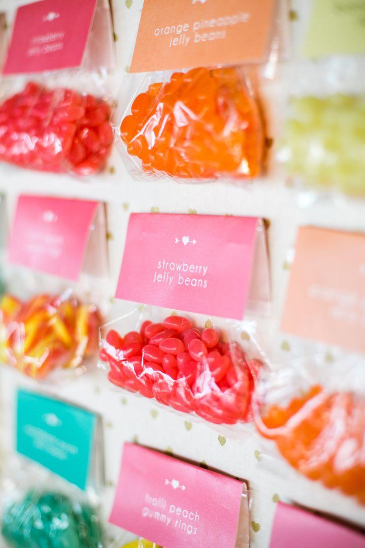 36 best Macaron wedding favours images on Pinterest   Macaron ...