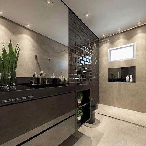 unisaacabamentos Adoramos a composição desse banheiro. O revestimento utilizado na parede é o Bela Vitta BK. Já no piso, com visual de cimento queimado, é o Chicago SGR, ambos da Portinari. O projeto é da @carolcantelli_interiores