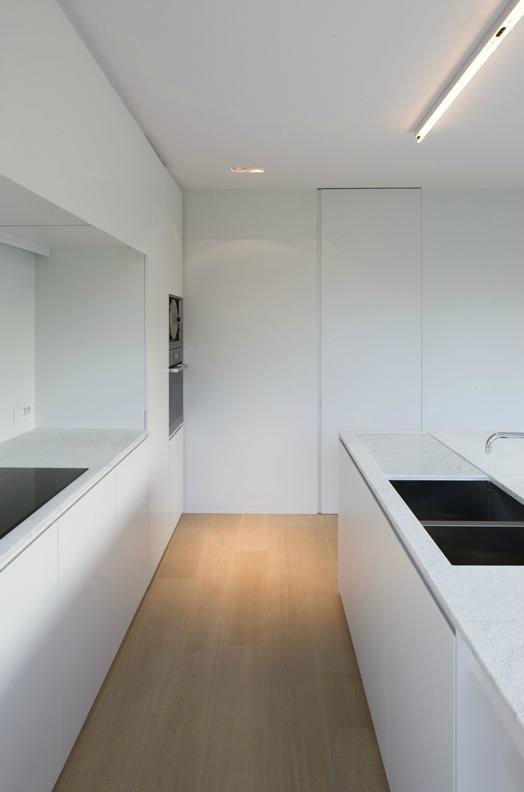 *kitchen design, modern, minimal interiors, all white look*