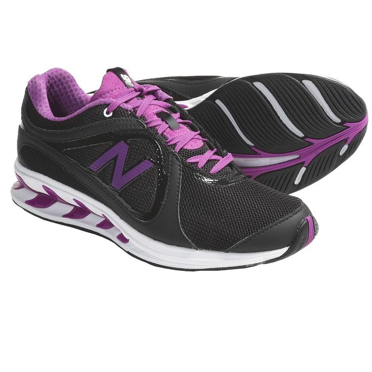 New Balance WW855 Walking Shoes (For Women) in White/Black $58: Running Shoes, Fit, Ww855 Walks, New Balance, Walking Shoes, Hoods Jackets, Walks Shoes, Balance Ww855, Tennis Shoes