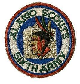 """The Alamo Scouts EEUU   (U.S. 6th Army Special Reconnaissance Unit):Unidad de reconocimiento de largo alcance que sirvió en elVI Ejército de los Estados Unidosen el teatro de operaciones delPacífico, y que se destacó por realizar acciones de exploración, infiltración y reconocimiento táctico detrás de las líneas enemigas. Su insignia muestra la cabeza de un indio nativo norteamericano y de fondo la fachada del mítico fuerte de""""El Álamo"""". Ya os hablé de los""""Exploradores del Álamo""""en su…"""