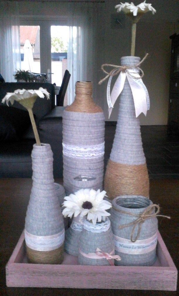 lege flessen/potjes omwikkeld met textielgaren en touw idee... Door Willemiek1980