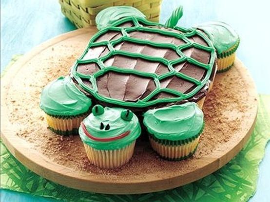 Turtle Cupcake cake- an idea for my girls birthday