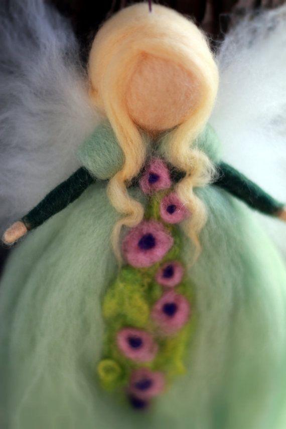 La magia di angelo lana infeltrita ago, pastello, verde, fata, Baby, angelo custode, regalo battesimo, Matteo, battesimo, Waldorf, ragazzo, ragazza, fiori