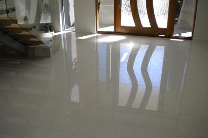 Living room entry floor - white polished porcelain