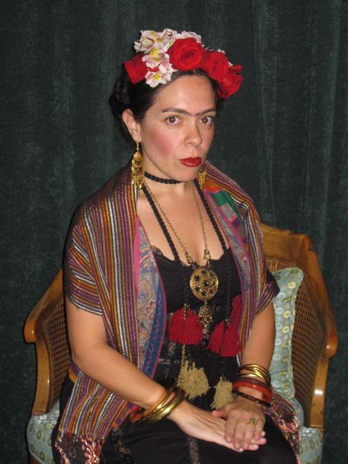 frida kahlo costume halloween crafts costumes home decore pintere. Black Bedroom Furniture Sets. Home Design Ideas