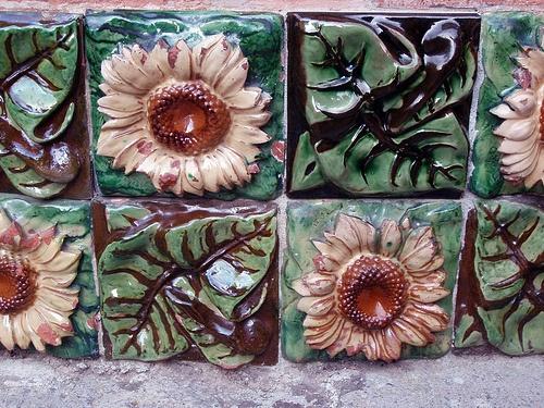El Capricho tiles, Spain